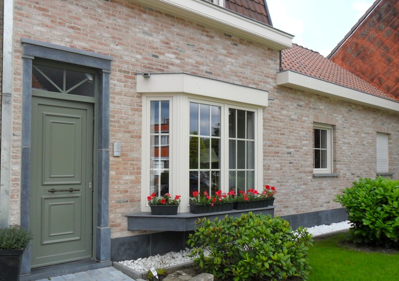 Bow windows comines lille mouscron ieper opsomer for Habillage fenetre baie window